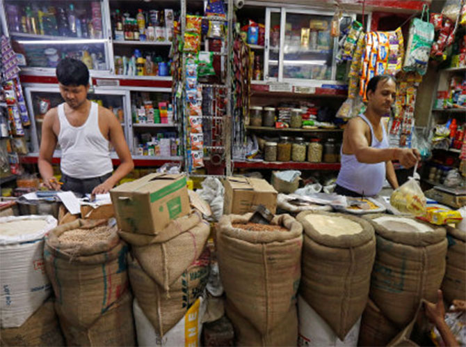 Ahead of festive season, September GST collections cross Rs 1 lakh cr