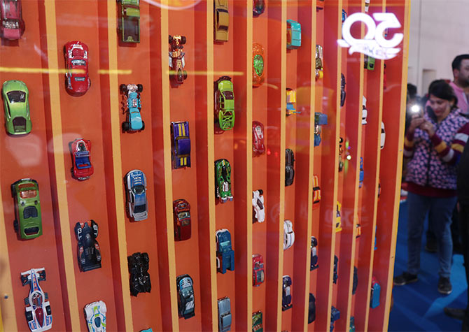 Hotwheels collection on the pillars