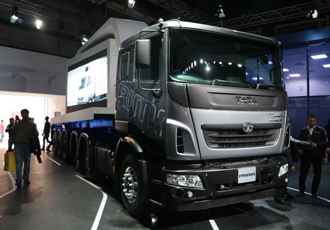 Busses and trucks at the Auto Expo 2018