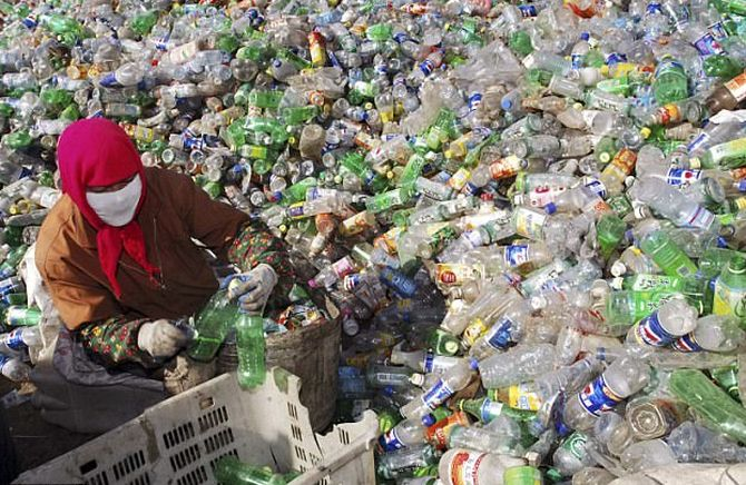 For FMCG biggies, plastic waste control is top priority