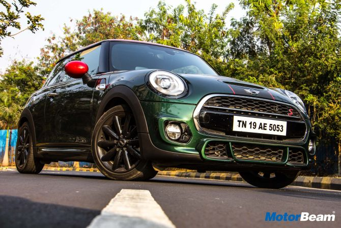 MINI Cooper JCW Pro Edition hits a ton in just 6.5 seconds