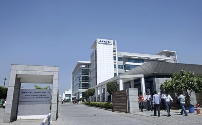 HCL Tech will most likely overtake Wipro's revenue in Q1