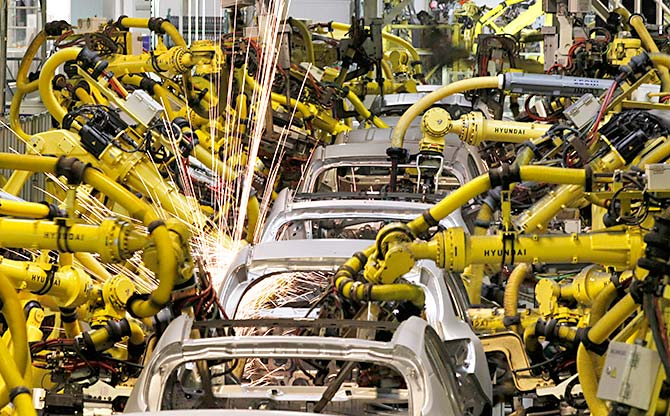 Robots now rule Indian car manufacture - Rediff com Business