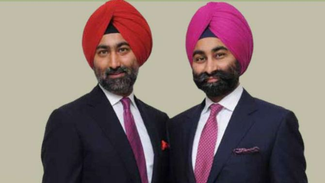 Shivinder Mohan Singh, right with his elder brother Malvinder Mohan Singh. Photograph: Kind courtesy Fortis Healthcare