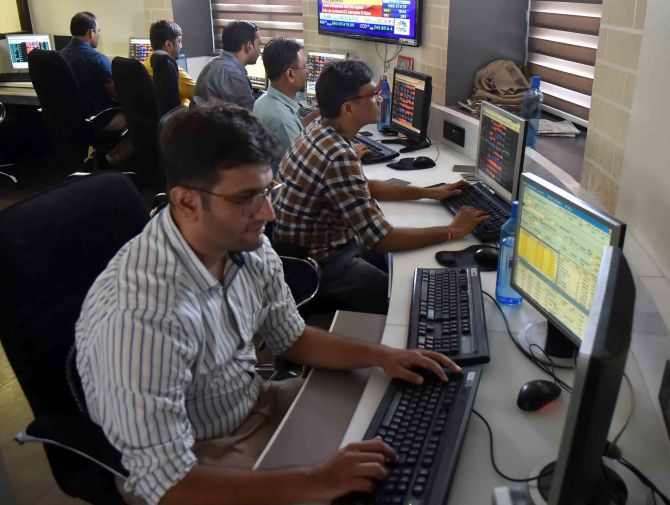 Infy leads rally on BSE, Sensex up 160 pts