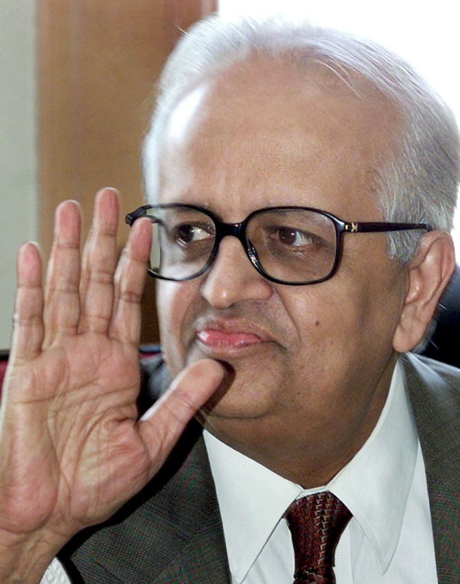 Bimal Jalan, the 'go-to man' for most political parties