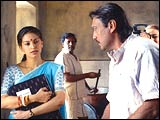 Juhi Chawla and Jackie Shroff in 3 Deewarein