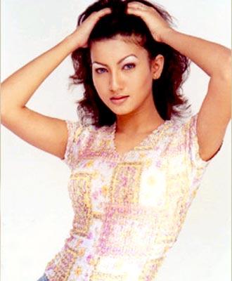 Artis India Bugil, Model india