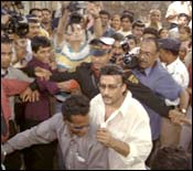 Jackie Shroff flees from the scene