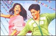 Sushmita Sen and Shah Rukh Khan in Main Hoon Na