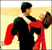 Shahid Kapoor and Kareena Kapoor in Fida