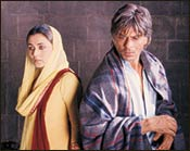 Rani Mukerji and Shah Rukh Khan in Veer-Zaara