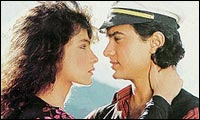 Pooja Bhatt and Aamir Khan in DHKMN
