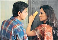 Shah Rukh Khan and Gayatri Joshi in Swades