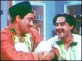 Sunil Dutt and Kishore Kumar in Padosan