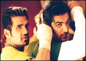 Suniel Shetty and John Abraham in Lakeer