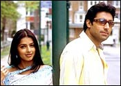 Bhumika Chawla and Abhishek Bachchan in Run