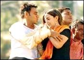 Ajay Devgan and Esha Deol in Yuva