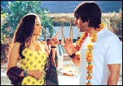 A still from Hum Tum