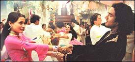 Namrata with Naveen Andrews