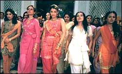 Sonali Kulkarni, Namrata Shirodkar, Aishwarya Rai, Meghna Kothari and Peeya Rai Choudhury