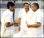 Nagesh Kukunoor, Jackie Shroff and Naseeruddin Shah in Teen Deewarein