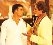 Akshay Kumar and Amitabh Bachchan in Waqt