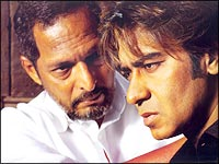 Nana Patekar and Ajay Devgan in Apaharan