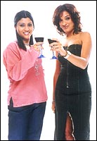 Konkona Sensharma and Sandhya Mridul in Page 3
