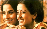 Vidya Balan and Raima Sen in Parineeta