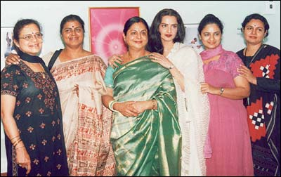 Rare Sight Rekha And Her Five Sisters