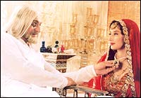 Kabir Bedi and Manisha Koirala in Taj Mahal
