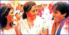 Hema and Amitabh in Baaghbaan