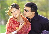 Dia Mirza and Jimmy Shergill in Silsilay