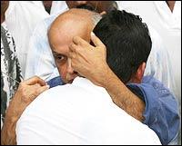 Mahesh Bhatt hugs Sanjay Dutt at the funeral