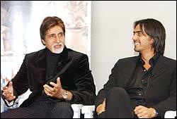 Amitabh Bachchan, Arjun Rampal