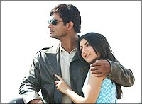 Madhavan and Soha Ali Khan in Rang De Basanti