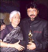 Sanjay Leela Bhansali with his mother at the Screen Awards