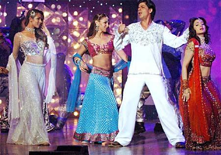 Malaika Arora, Esha Deol, Shah Rukh Khan, Amisha Patel