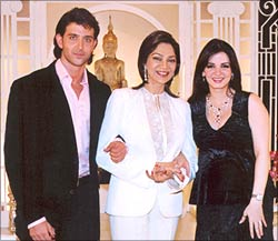 Hrithik Roshan, Simi Garewal and Suzanne