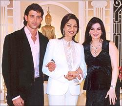 Hrithik Roshan, Simi Garewal and Suzanne
