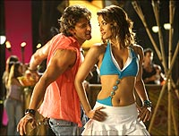 Hrithik Roshan and Ash in Dhoom:2