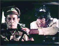 Ifthkar and Amitabh Bachchan in Don