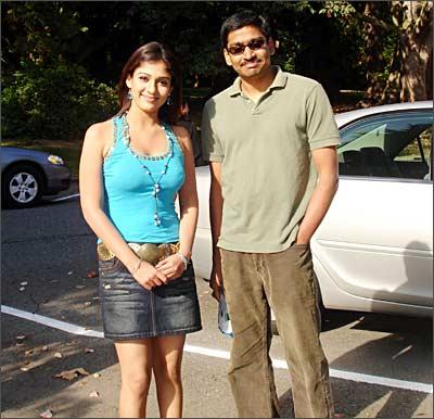http://im.rediff.com/movies/2006/oct/17nayantara.jpg