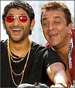 Arshad Warsi, Sanjay Dutt in Lage Raho Munnabhai