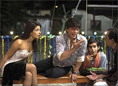 Priyanka Chopra and Shah Rukh Khan in Don