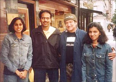 Salil Kodkani's family with Robin Williams