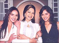 Esha Deol, Simi Garewal and Ahana Deol