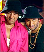 A still from Lage Raho Munnabhai