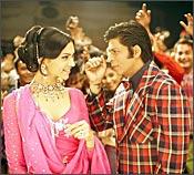 Shah Rukh Khan, Deepika Padukone in Om Shanti Om